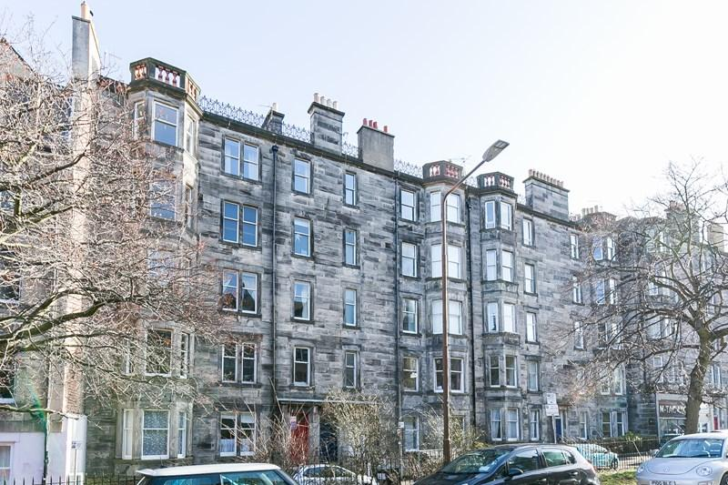 2 Bedrooms Property for sale in 23/9, Roseneath Place, Edinburgh, EH9 1JD
