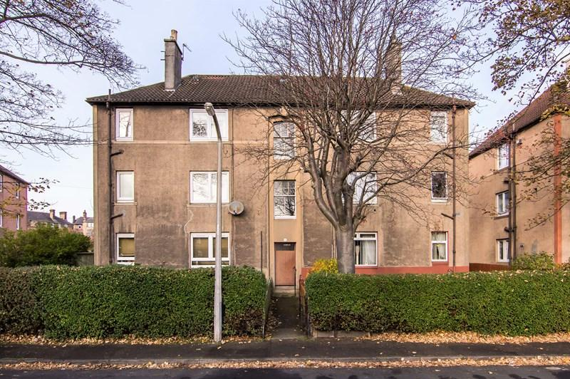 2 Bedrooms Property for sale in 1/4, Northfield Farm Avenue, Edinburgh, EH8 7QW