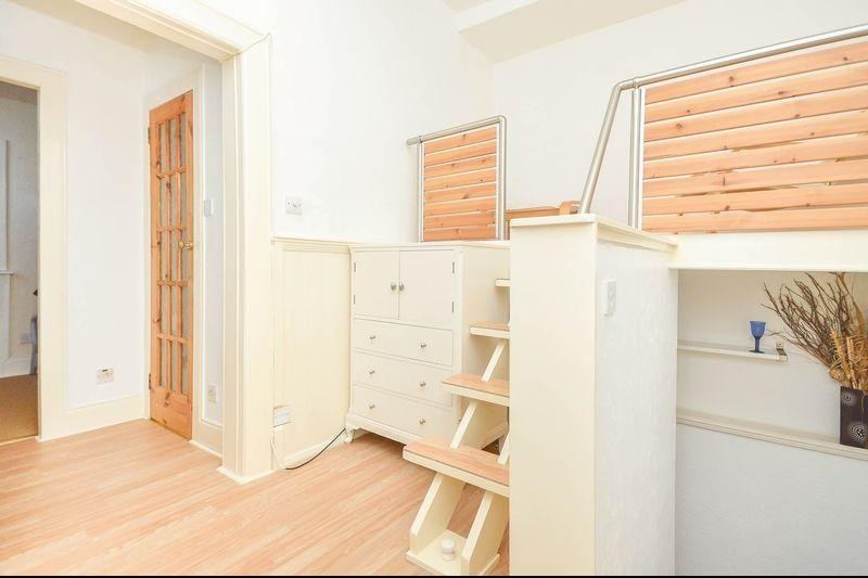 1 Bedroom Property for sale in 6 Parkside Street, Newington, Edinburgh, EH8 9RL