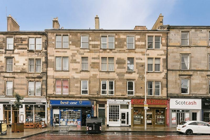 3 Bedrooms Property for sale in 303/2 Leith Walk, Leith Walk, Edinburgh, EH6 8SA