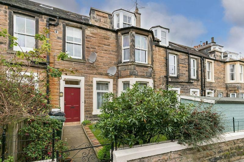 3 Bedrooms Property for sale in 16 Rosevale Place, Leith Links, Edinburgh, EH6 8AP