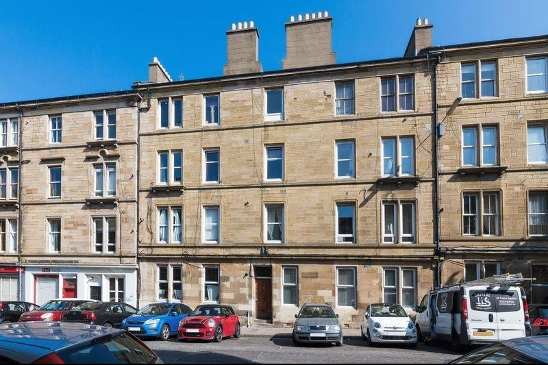 2 Bedrooms Property for sale in Flat 1, 166 Albert Street, Leith, Edinburgh EH7 5NA
