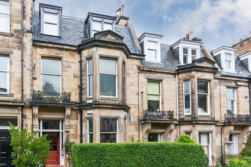 2 Bedrooms Property for sale in 2f9 Westhall Gardens, Edinburgh, EH10 4JJ