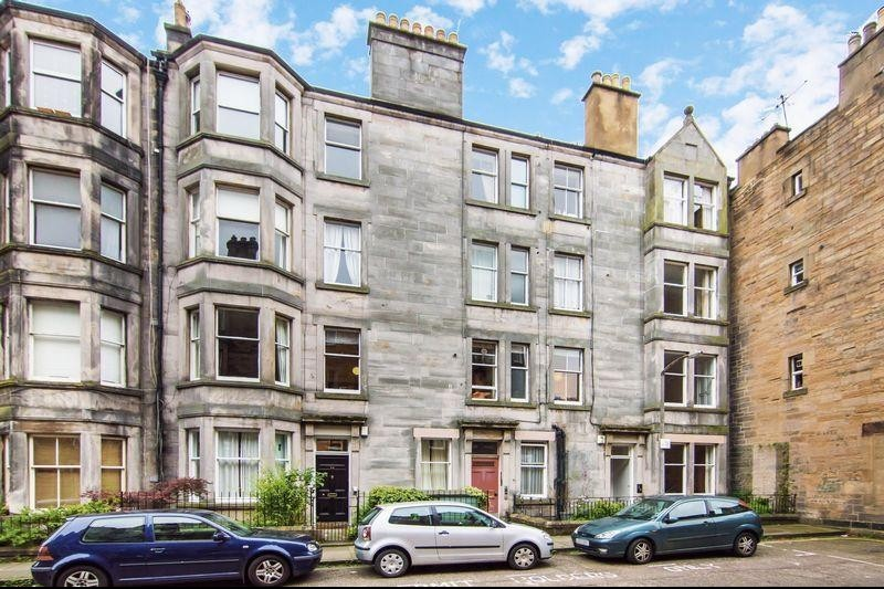 1 Bedroom Property for sale in 18/2 Roseneath Terrace, Marchmont, Edinburgh EH9 1JN