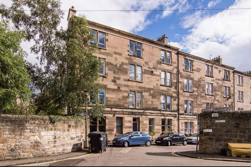 2 Bedrooms Property for sale in 1/7 Sciennes Hill Place, Sciennes, Edinburgh, EH9 1NP