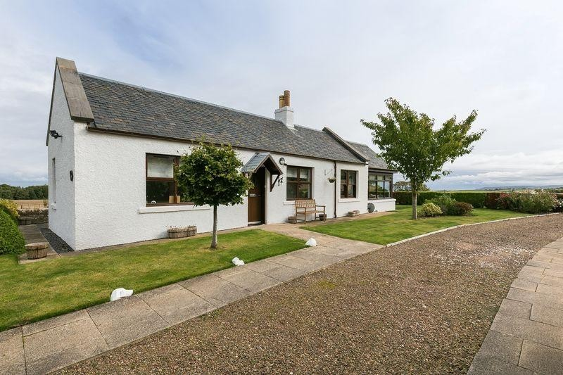 2 Bedrooms Property for sale in 20 Hunter Steading, Innerwick, Dunbar, East Lothian, EH42 1SR