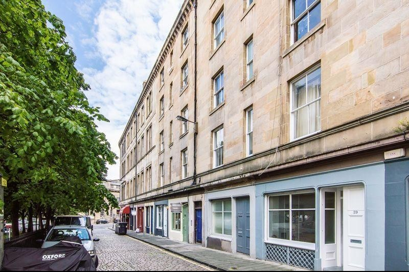 1 Bedroom Property for sale in 37/9 Sandport Street, The Shore, Edinburgh, EH6 6EP
