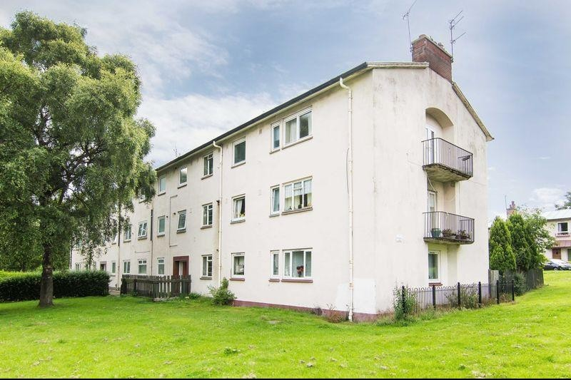 3 Bedrooms Property for sale in 3/6 Dinmont Drive, Liberton, Edinburgh EH16 5RY