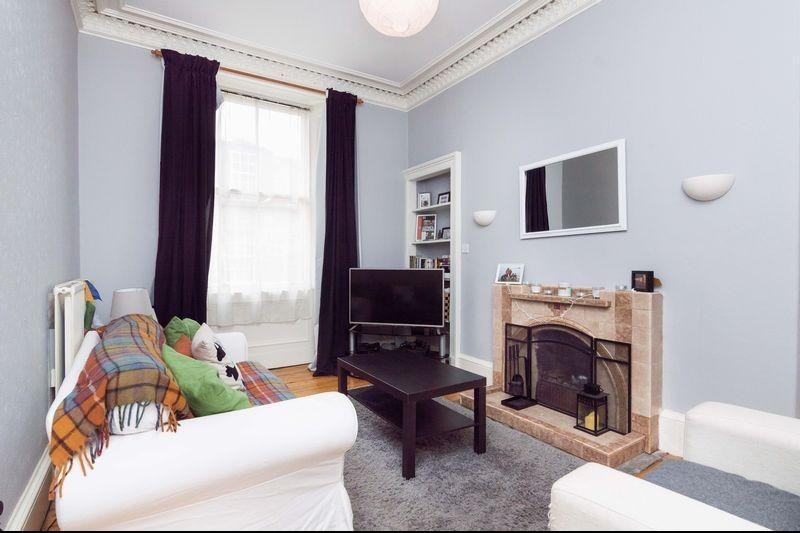 1 Bedroom Property for sale in 26 (1F1) Roseneath Terrace, Marchmont, Edinburgh EH9 1JW