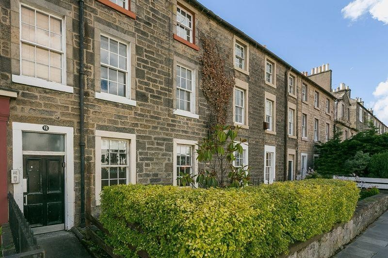 1 Bedroom Property for sale in 12/2 Annfield, Newhaven, Edinburgh, EH6 4JF