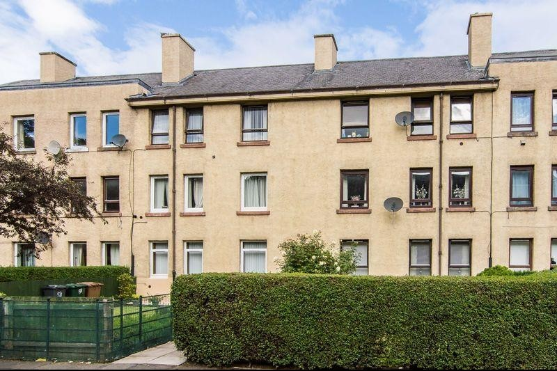 2 Bedrooms Property for sale in 5/5 Loganlea Terrace, Craigentinny, Edinburgh, EH7 6NU