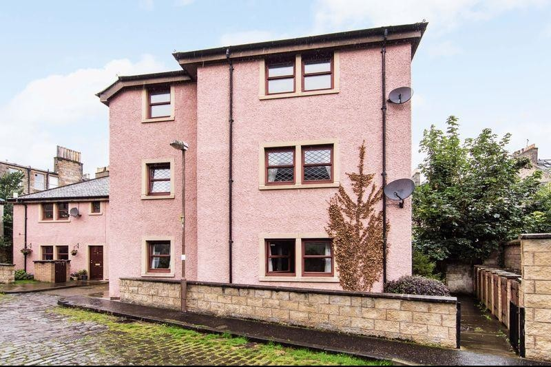 2 Bedrooms Property for sale in 16/7 Hopefield Terrace, Leith, Edinburgh, EH6 4AA