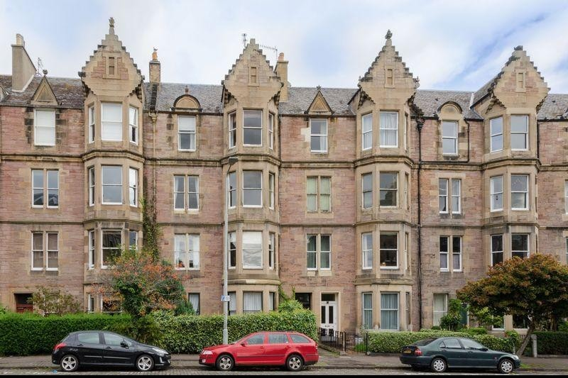 2 Bedrooms Property for sale in 61/4 Warrender Park Road, Marchmont, Edinburgh, EH9 1ES