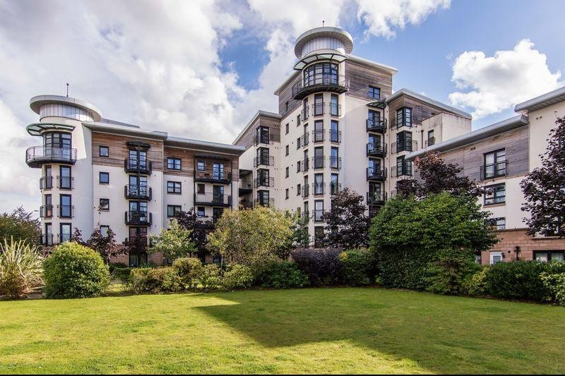 2 Bedrooms Property for sale in Flat 2, 3 Constitution Place, The Shore, Edinburgh, EH6 7DL