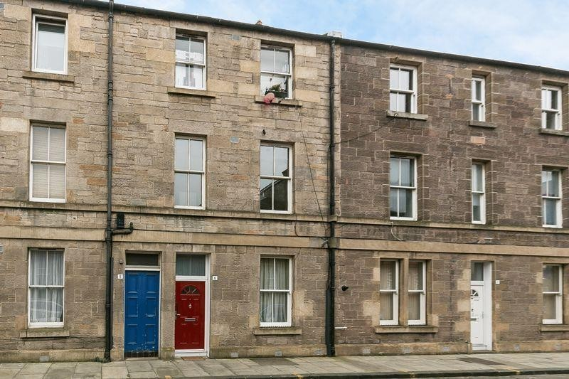 1 Bedroom Property for sale in 5/2 Junction Place, Leith, Edinburgh, EH6 5JA