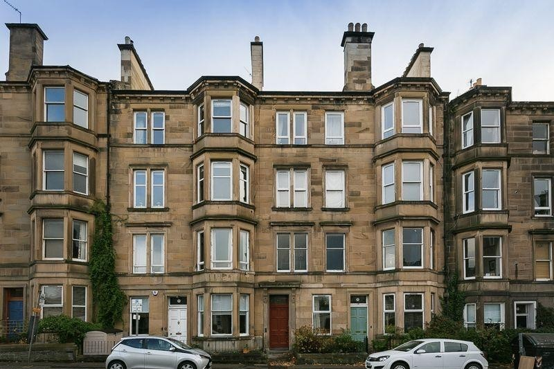 3 Bedrooms Property for sale in 106/4 Polwarth Gardens, Polwarth, Edinburgh, EH11 1LH