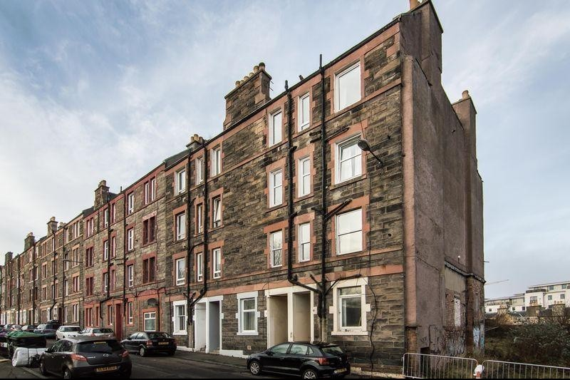 1 Bedroom Property for sale in 10/10 Hawthornvale, Newhaven, Edinburgh, EH6 4JL