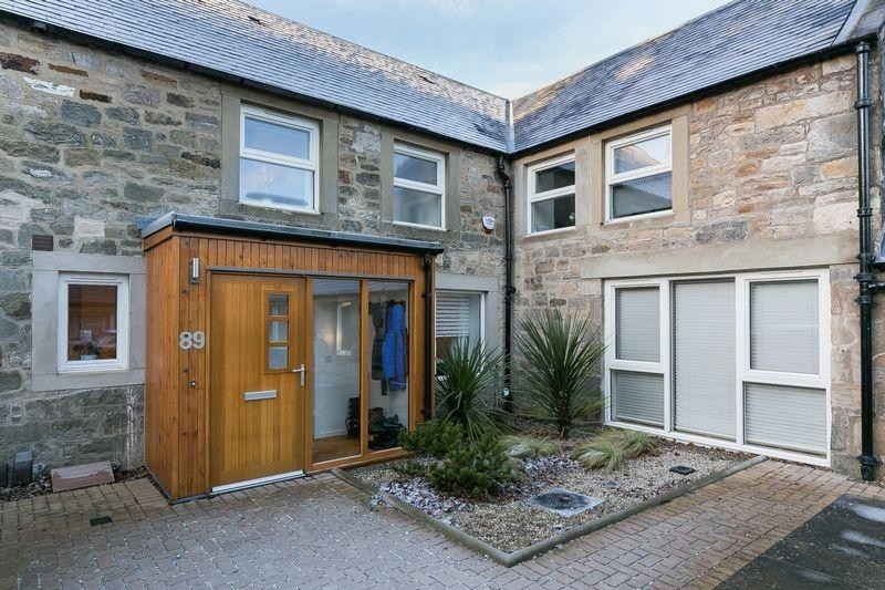 2 Bedrooms Property for sale in 89 Strathalmond Road, Cammo, Edinburgh, EH4 8HP