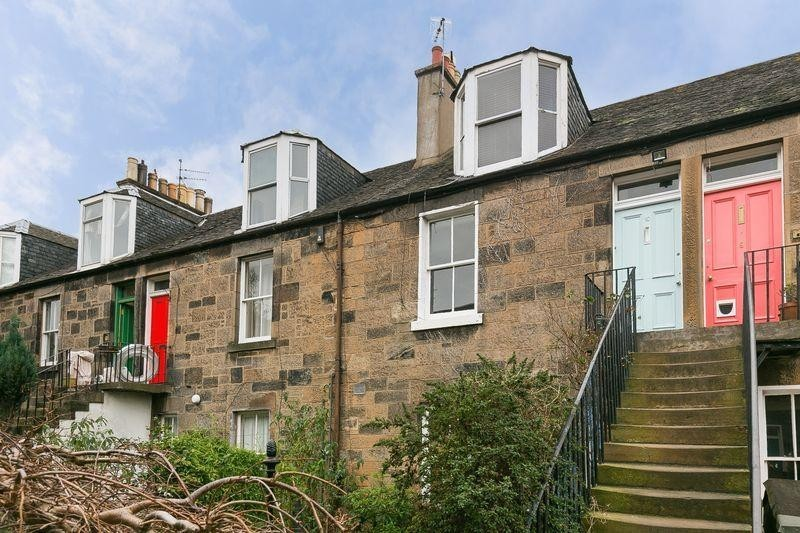 3 Bedrooms Property for sale in 10 Atholl Terrace, Haymarket, Edinburgh, EH11 2BP