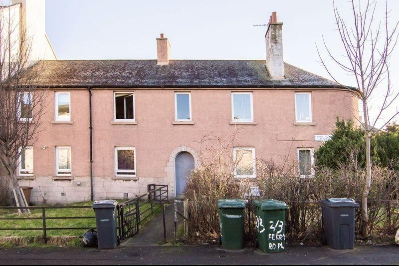 3 Bedrooms Property for sale in 2/4 Ferry Road Place, West Pilton, Edinburgh EH4 4AY