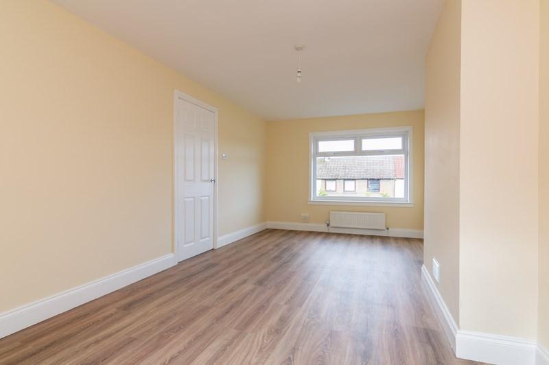 10 Inzievar Terrace Oakley Dunfermline Fife Ky12 9sj House For Sale