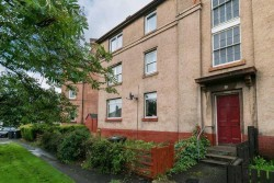 9/3 Northfield Broadway, Duddingston, Edinburgh, EH8 7QF
