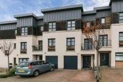 8 Kingsburgh Crescent, Granton, Edinburgh, EH5 1JF