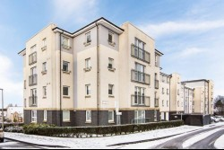 Flat 13, 13 Birchwood View, Clermiston, Edinburgh, EH12 8QB